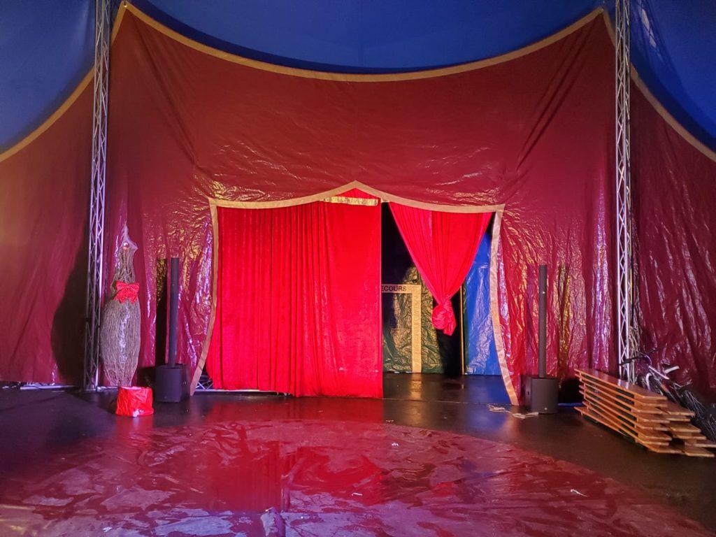 Cirque d'hiver au marché de la Seiche