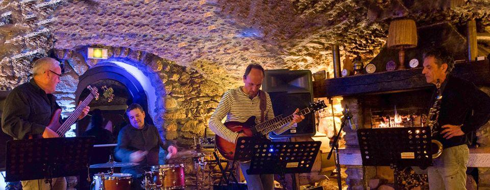 Quartet Cinq'up Jazz au marche de la Seiche concert gratuit