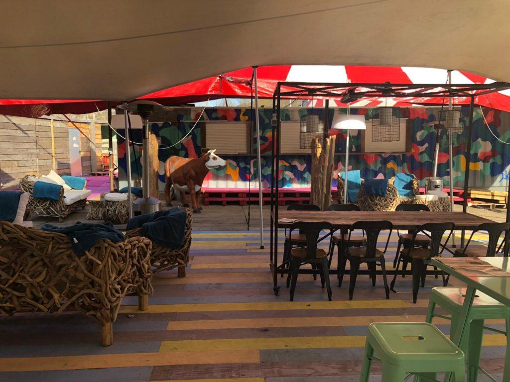 Bar terrasse - L'amuse-gueule - marché de la Seiche à Sevrier