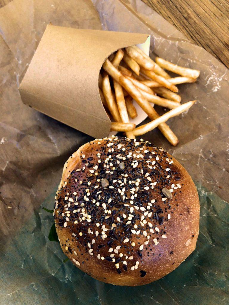 Le Spot - burger frites - Marché de la Seiche - Annecy