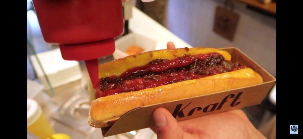 Hot-dog volaille par American concept - marché de la Seiche, Sevrier