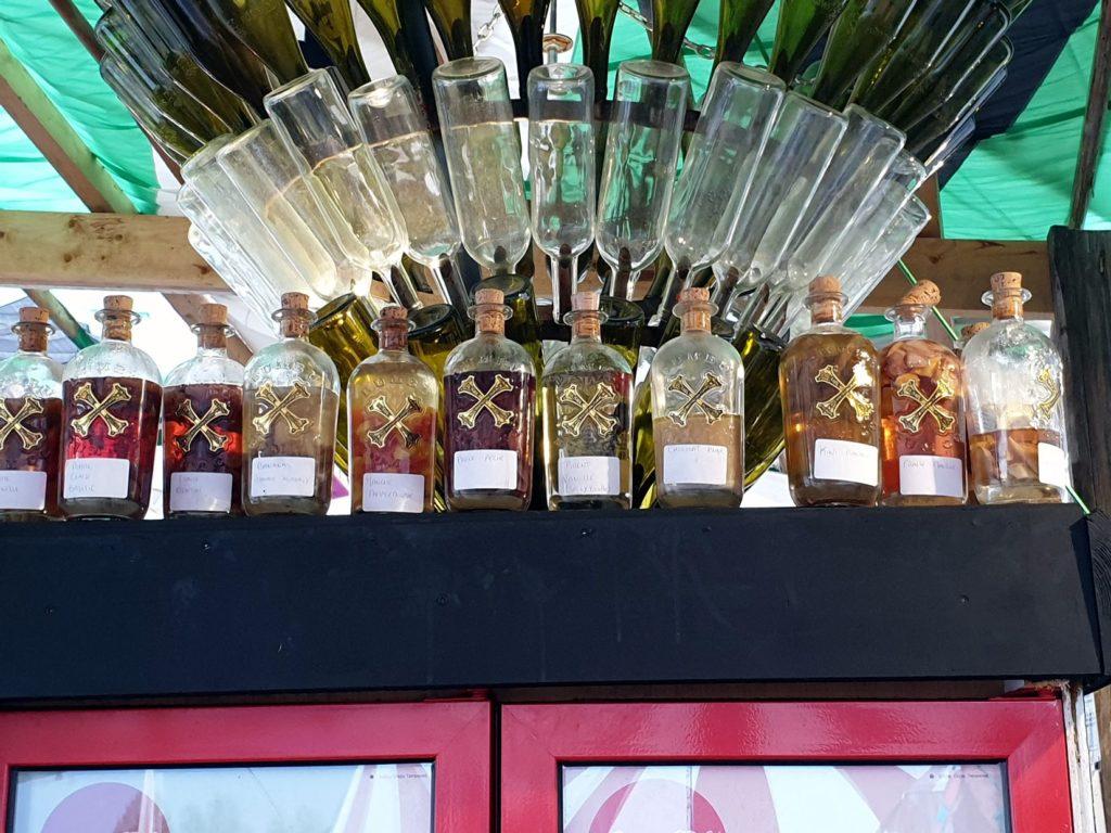 Rhums arrangés - bar du marché de la seiche - Sevrier