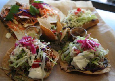 Plato fiesta. stand-restaurant Viva Mexico - Marché de la Seiche, Lac Annecy, Sevrier