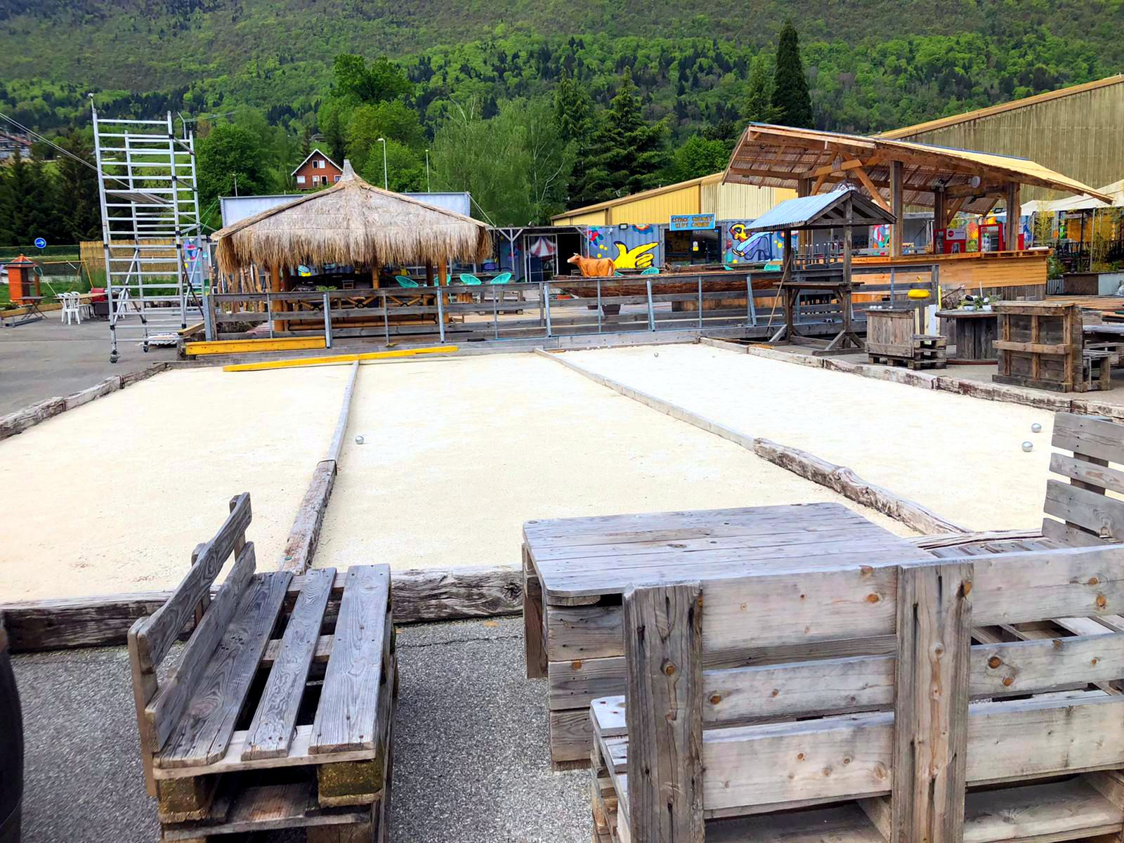 Terrain de boule du marché de la seiche - Sevrier - Lac d'Annecy