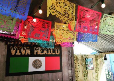 stand-restaurant Viva Mexico - cuisine mexicaine. Marché de la Seiche, Lac Annecy, Sevrier