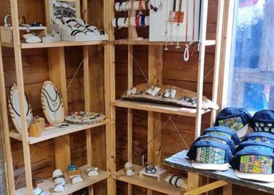 Atelier des créateurs - artisanat au marché de la Seiche - Sevrier