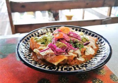 tortillas para las enchiladas - par Viva Mexico - Marché de la Seiche, Lac Annecy, Sevrier