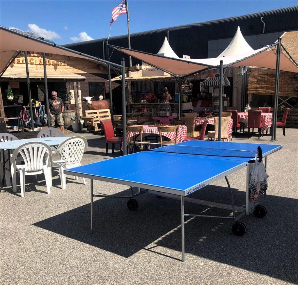 Table de ping-pong. marché de la Seiche - Sevrier - Lac d'Annecy