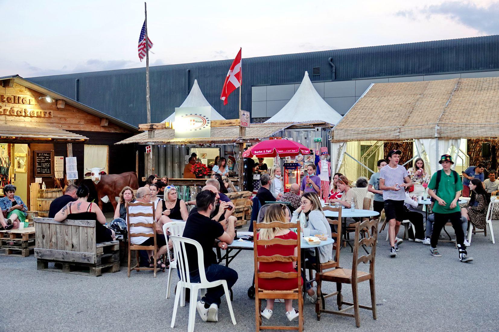 Terrasse du restaurant - ambiance à la Seiche - Sevrier