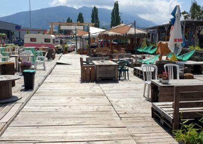 Bois de récupération et palette. Recycling - bar du marché de la seiche - Sevrier - Lac d'Annecy