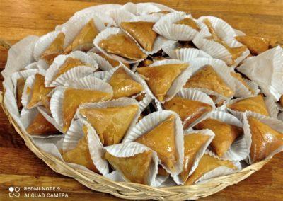 Briouates à la fleur d'oranger par l'étoile d'Agadir. cuisine orientale. marché de la Seiche, Sevrier